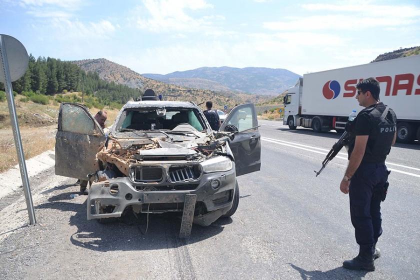 Baykan Kaymakamı Mehmet Kocabey'in aracına bombalı saldırı