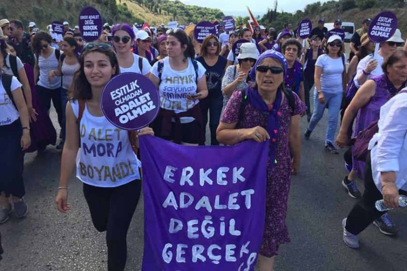 Adalet Yürüyüşü'nde kadın hikayeleri