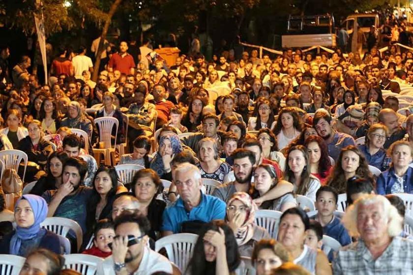 Eskişehir'de 'Sokak Sineması' etkinliği