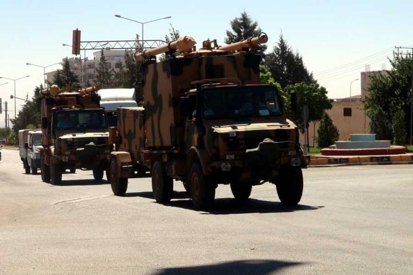 Afrin sınırına askeri sevkıyat