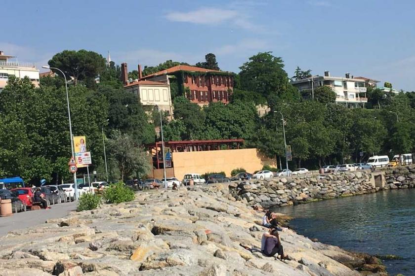 'Kız Kulesi manzaralı devlet arazisine kaçak gecekondu'