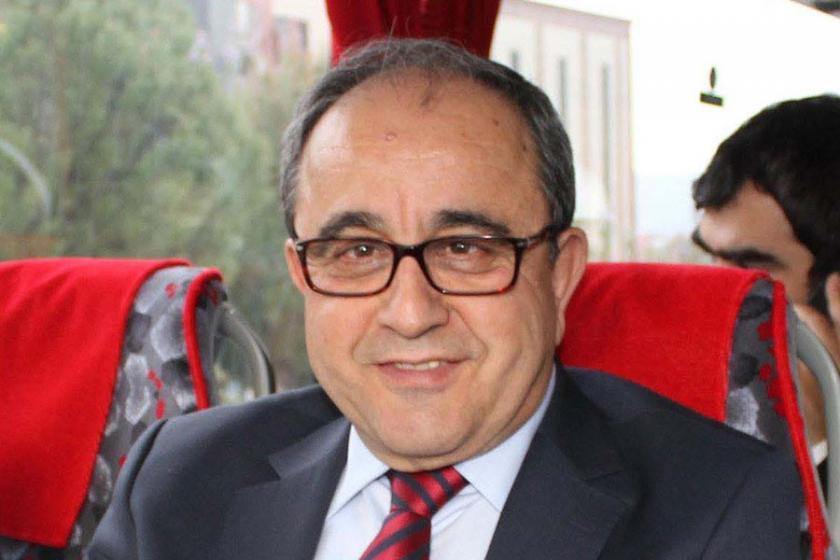 Pamukkale Üni. eski rektörü hakkında tutuklama istemi