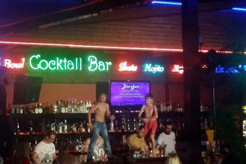 Çocukların yarı çıplak dans ettirildiği bar kapatıldı