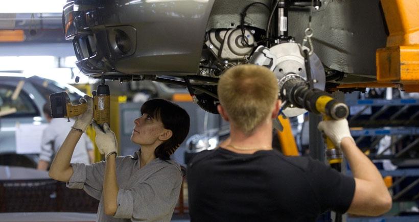 Rusya'nın otomobil şirketi AvtoVAZ 1100 işçi çıkaracak
