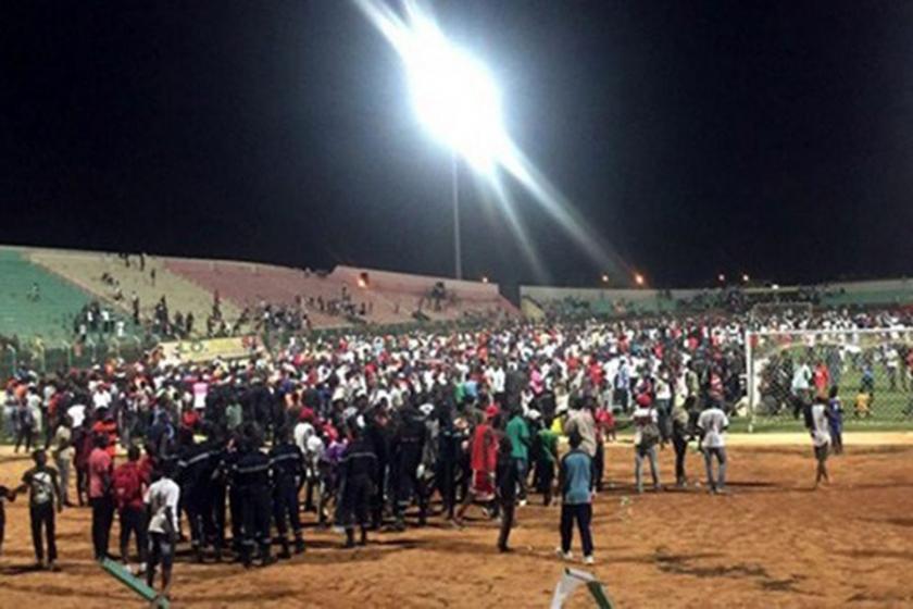 Senegal'de stadyum duvarı çöktü: 8 kişi hayatını kaybetti