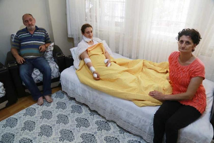 Eski eşi tarafından bıçaklanan kadını mahalleli kurtardı