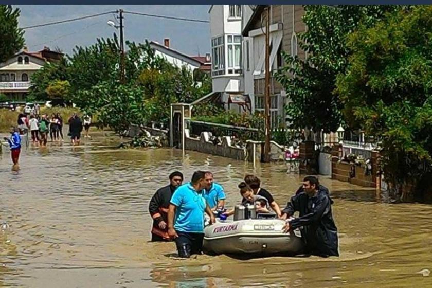 İstanbul Valiliği: Yağıştan zarar görenler müracaat etsin