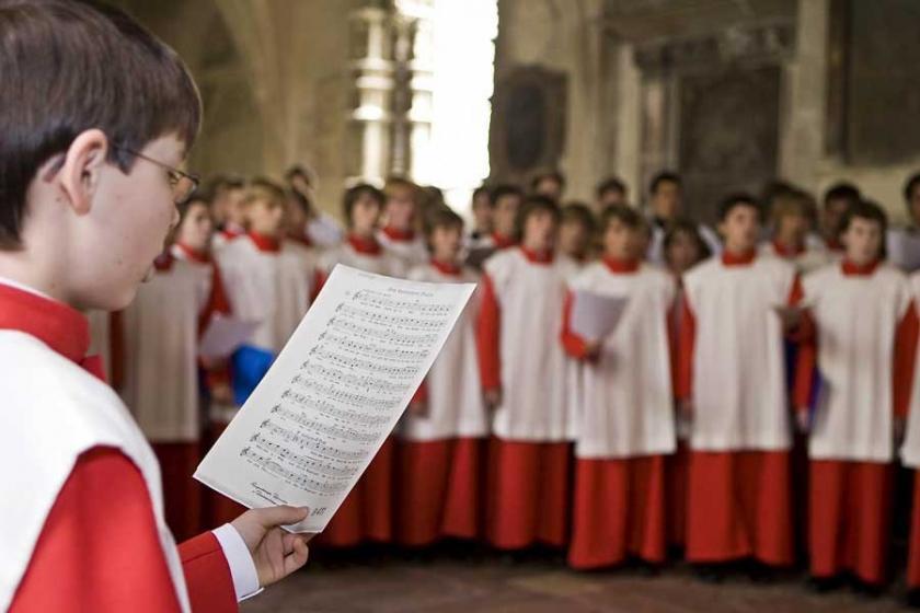 'Katolik Kilise korosunda 547 çocuk cinsel istismara uğradı'