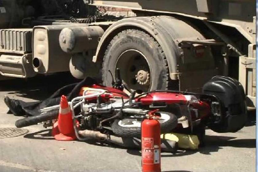 Yine hafriyat kamyonu faciası: Motorsiklet sürücüsü öldü