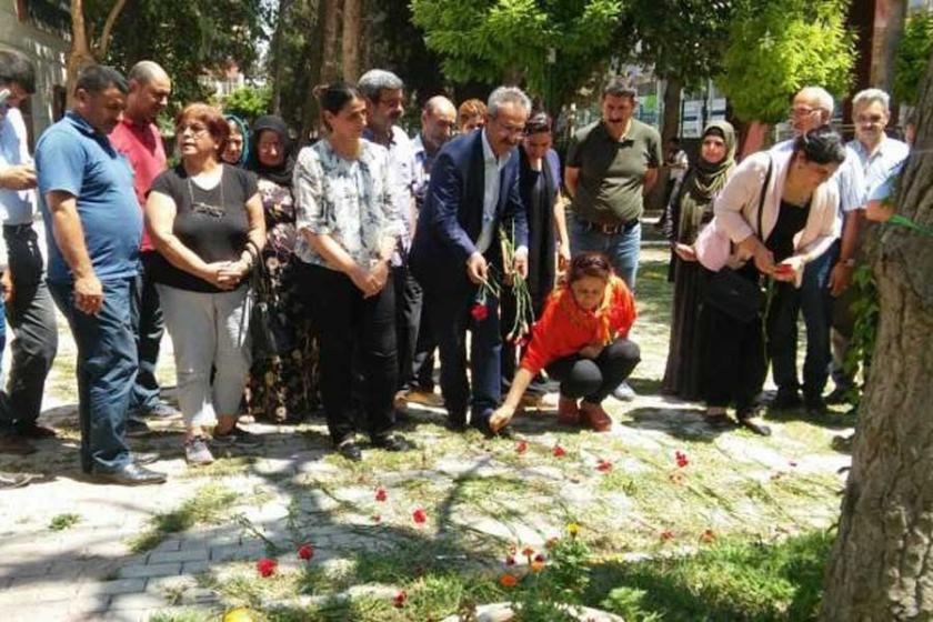Suruç'ta katledilenler saldırıya uğradıkları yerde anıldı