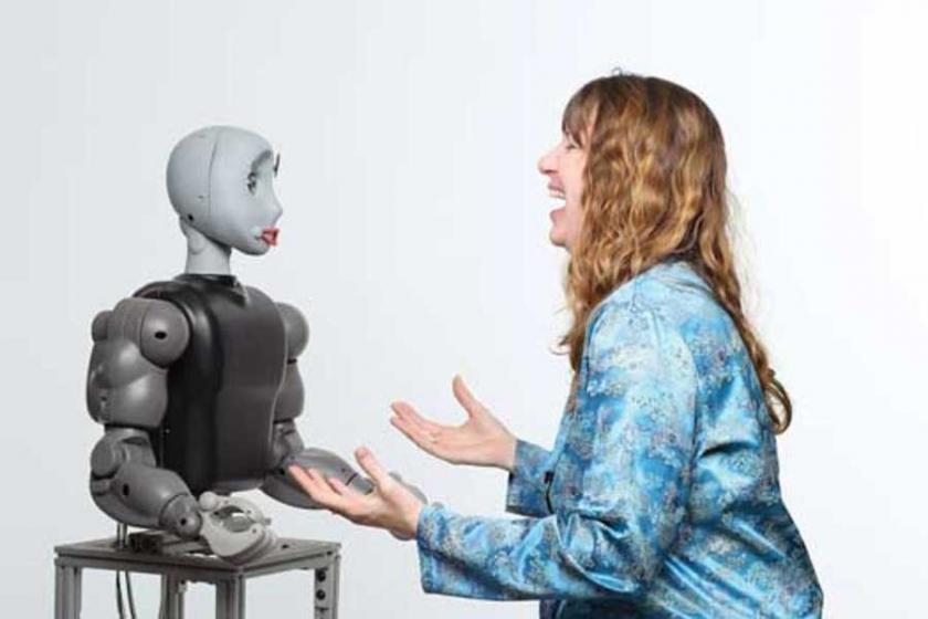 Sosyal medya çocuklarınızı robota çevirmiyor