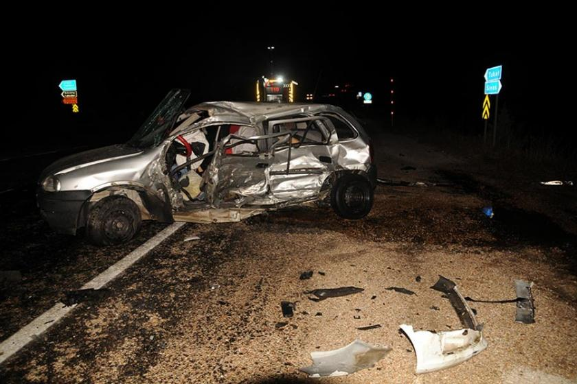 Artova eski belediye başkanı ve eşi kazada hayatını kaybetti