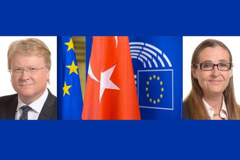 İsveç'teki Avrupa Birliği binasında Türkiye paneli