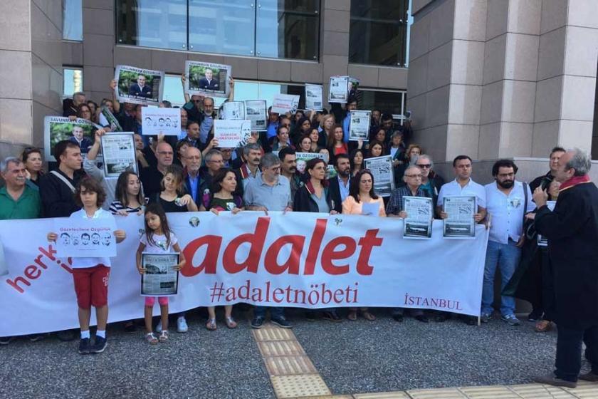 'Dışarıdaki Gazeteciler' Adalet Nöbeti'ne katıldı