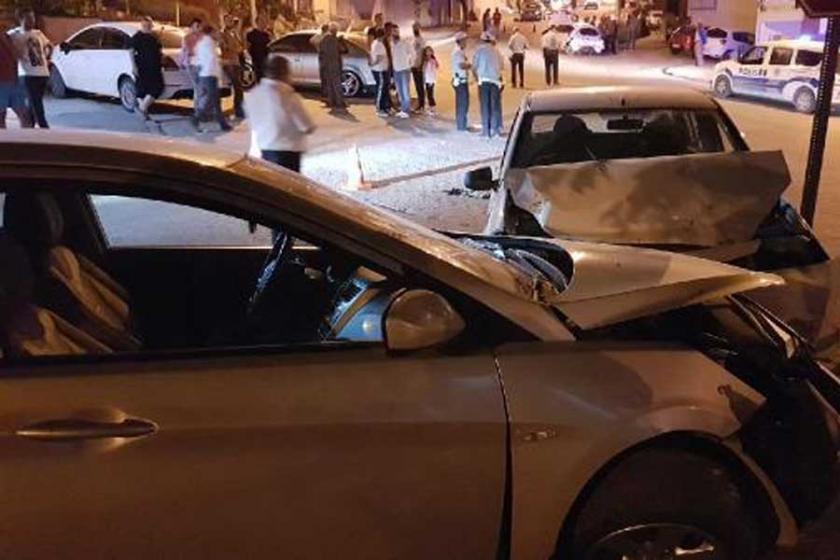 Niğde'de iki otomobil çarpıştı: 1 ölü, 7 yaralı
