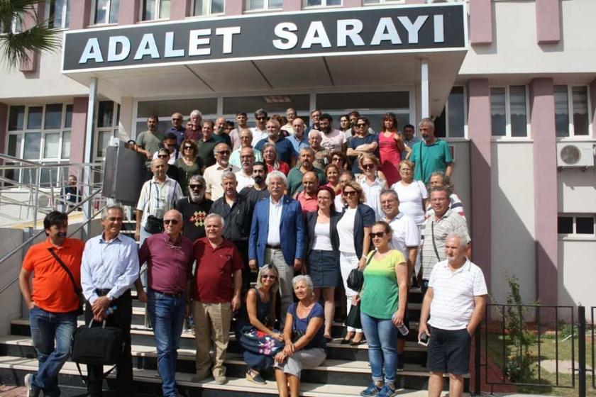 Ankara Katliamı'nı kınayanlar hakim karşısına çıktı