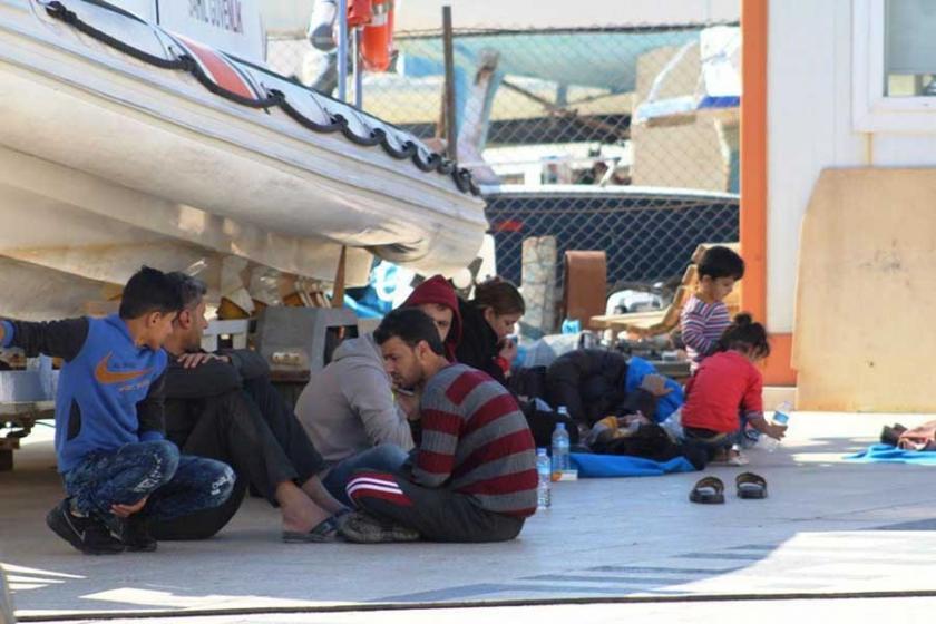Ayvalık'ta 126 Suriyeli alıkonuldu