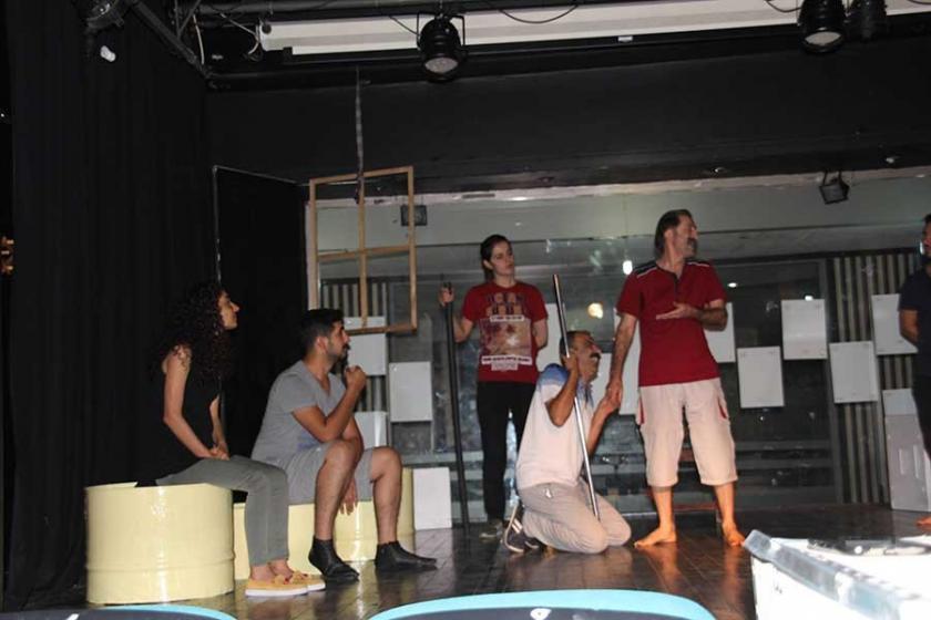 Amed Şehir Tiyatrosu perdelerini açıyor