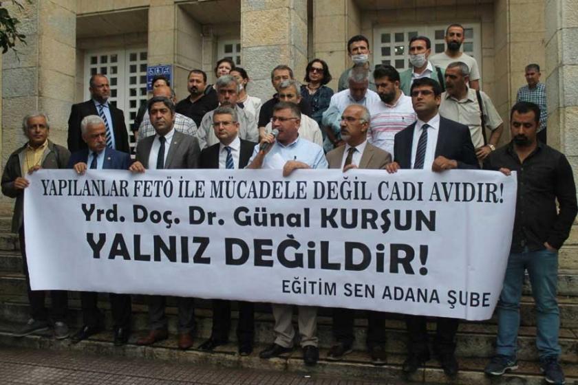 Tutuklu hak savunucusuna destek verdiği için ceza aldı