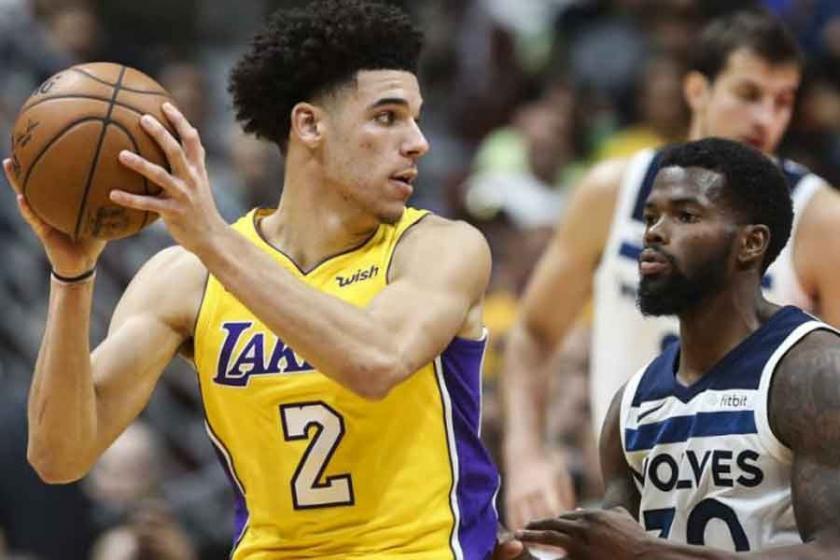NBA'de hazırlık maçları başladı