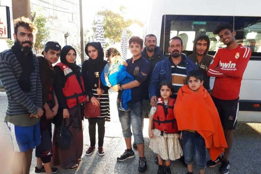 Foça'da 12 Suriyeli mültecinin geçişi engellendi