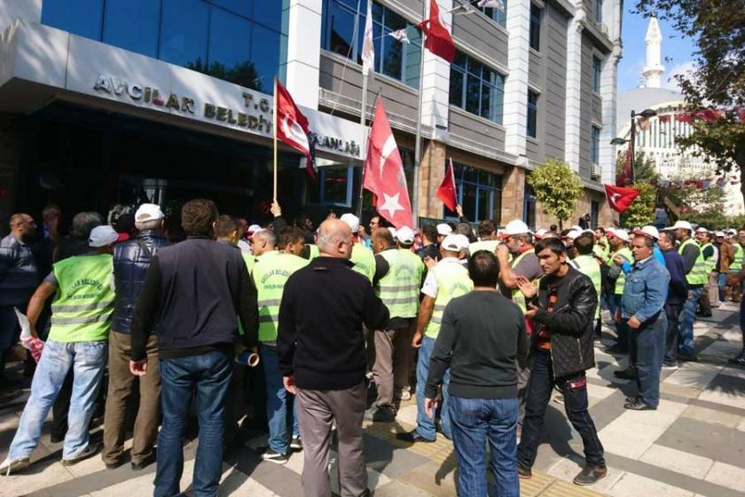 Avcılar'da işçiler ödenmeyen ücretlerini istiyor