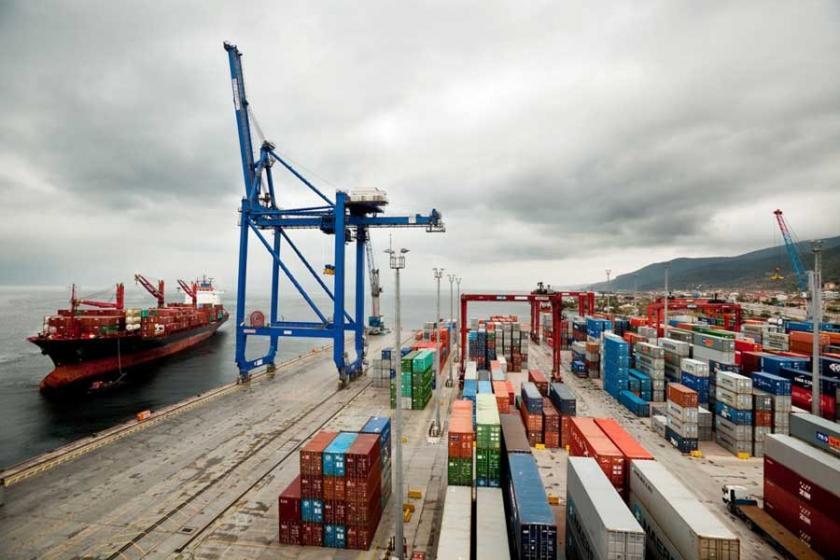 Kocaeli'de limanlar büyüdükçe  işçilerin yaşamı daralıyor
