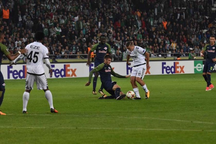 Atiker Konyaspor  Salzburg'a kendi evinde 2-0 yenildi