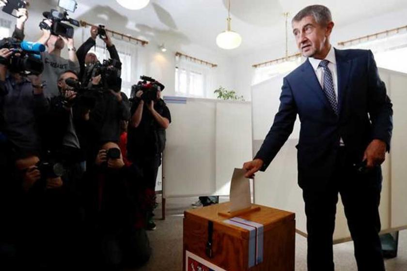 Çekya seçimlerinin galibi açık ara farkla Andrej Babiş