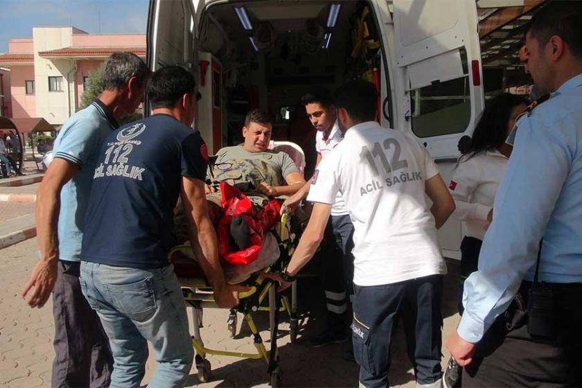 Suriye sınırında zırhlı araç devrildi: 8 asker yaralı