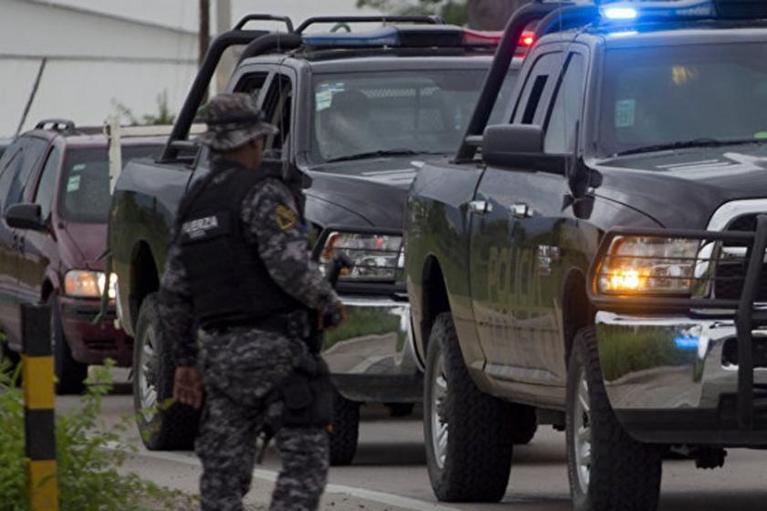 Meksika'da suç çeteleri hafta sonu 19 kişiyi öldürdü