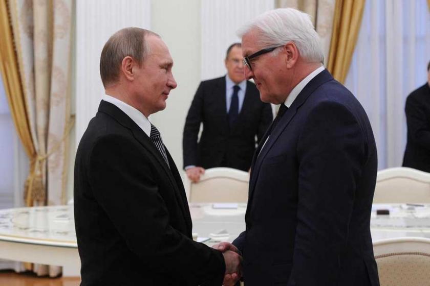 Steinmeier: Rusya ile Almanya arasında açık yaralar var