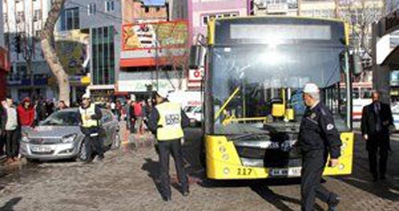 Belediye otobüsünün çarptığı kadın yaralandı