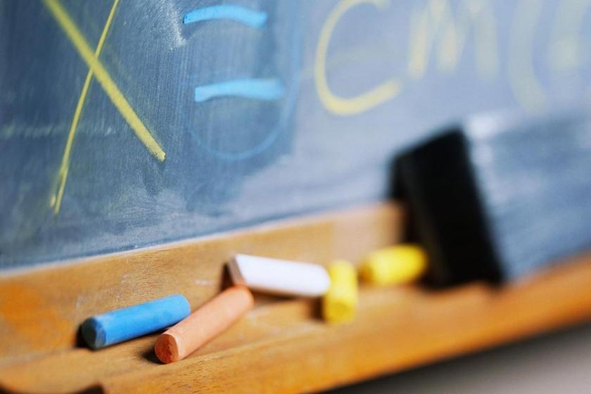 Korkutan din dersleri değil, bilimsel eğitim istiyoruz