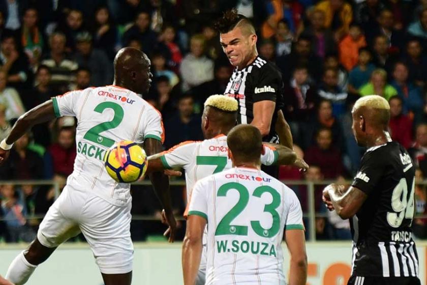 Kartal'ın 3 puan hasreti sona erdi: Alanyaspor 1-2 Beşiktaş