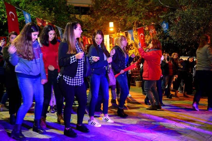 Kübalılar, Maltepelilerle Cumhuriyet'in kuruluşunu kutladı