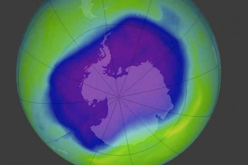 NASA: Antarktika'daki ozon deliği küçülüyor