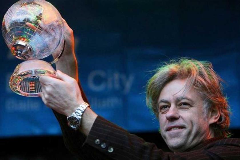 Bob Geldof'un Myanmar tepkisi: Özgürlük Ödülü'nü iade ediyor