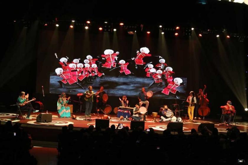 İran halk müziği grubu Rastak İstanbul'da konser verdi