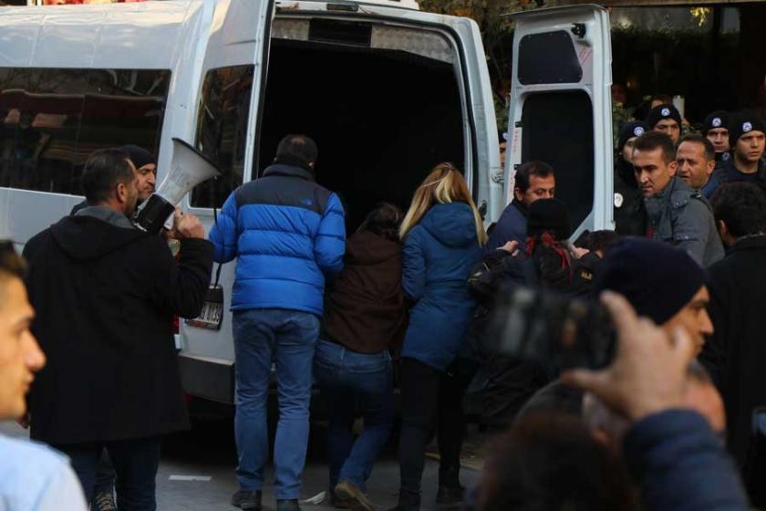 Yüksel'de gözaltı aracında polis şiddeti