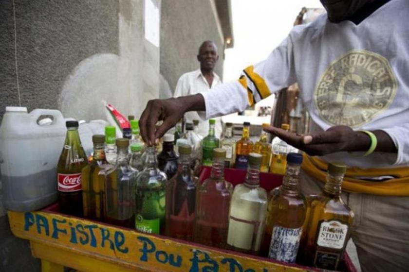 Sahte içkiden ölenlerin cenazesinde de sahte içki ikramı