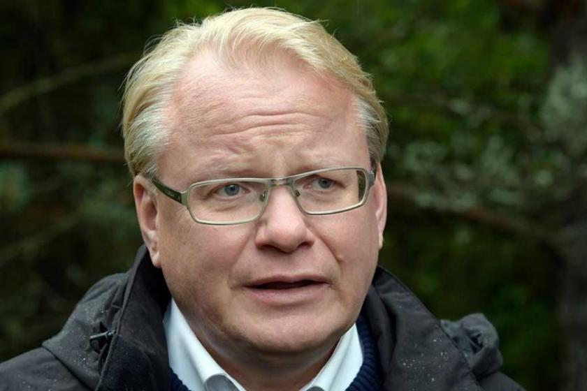 İsveç Dışişleri Bakanı'nı Twitter'dan tehdide ceza