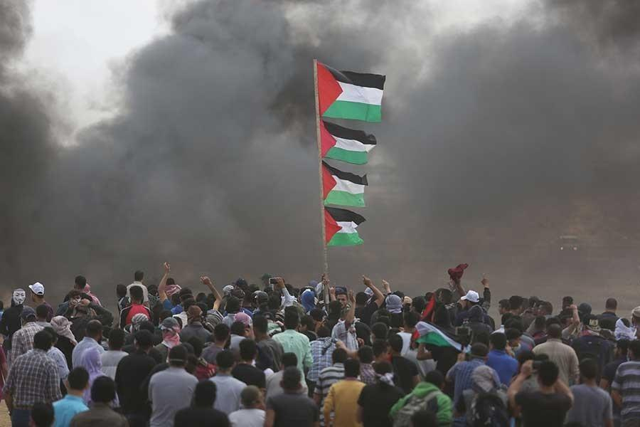 At least 60 Palestinians killed by Israeli gunfire in Gaza