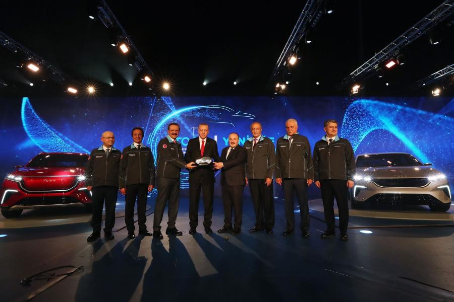 """The """"domestic car"""" was presented to the public in a ceremony held at the Informatics Valley in Gebze."""
