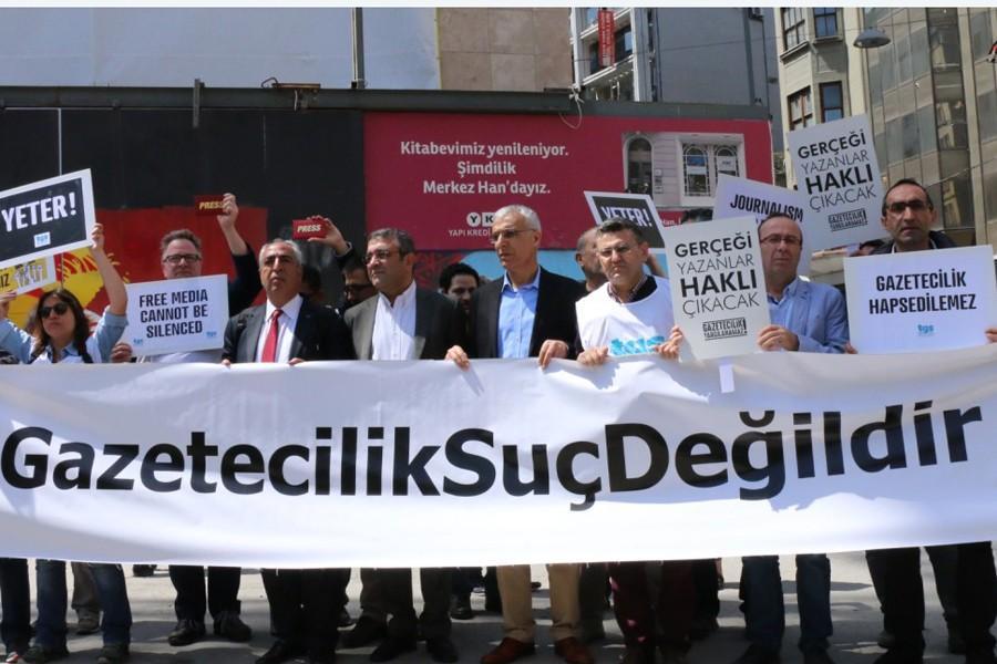 14.000 TL penalty for news in Evrensel