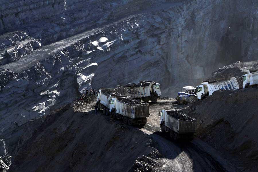 Şırnak göçüğün meydana geldiği maden (DHA)