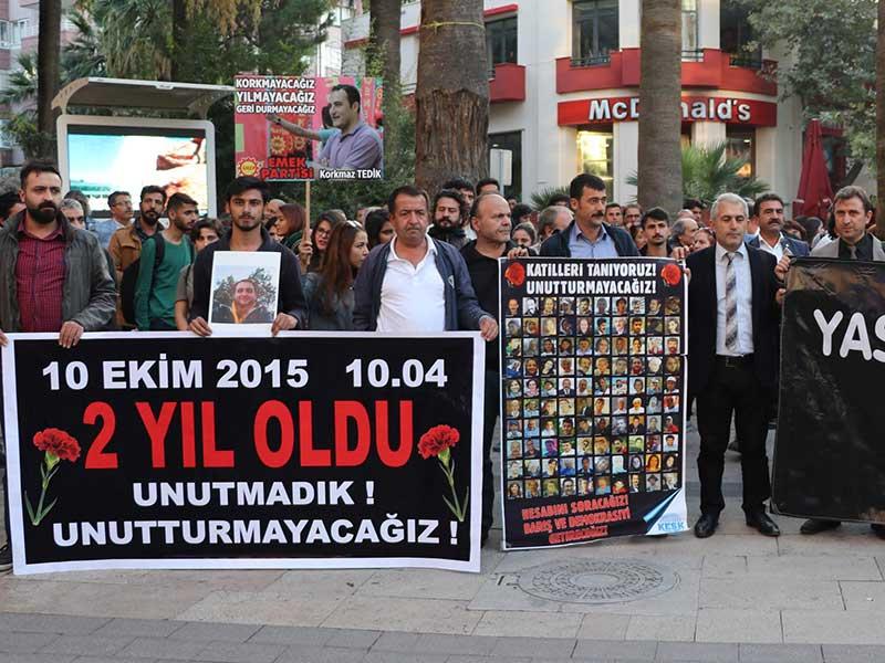 Denizli'de 10 Ekim Katliamı'nda yitirilenler anıldı (Fotoğraf: DHA)
