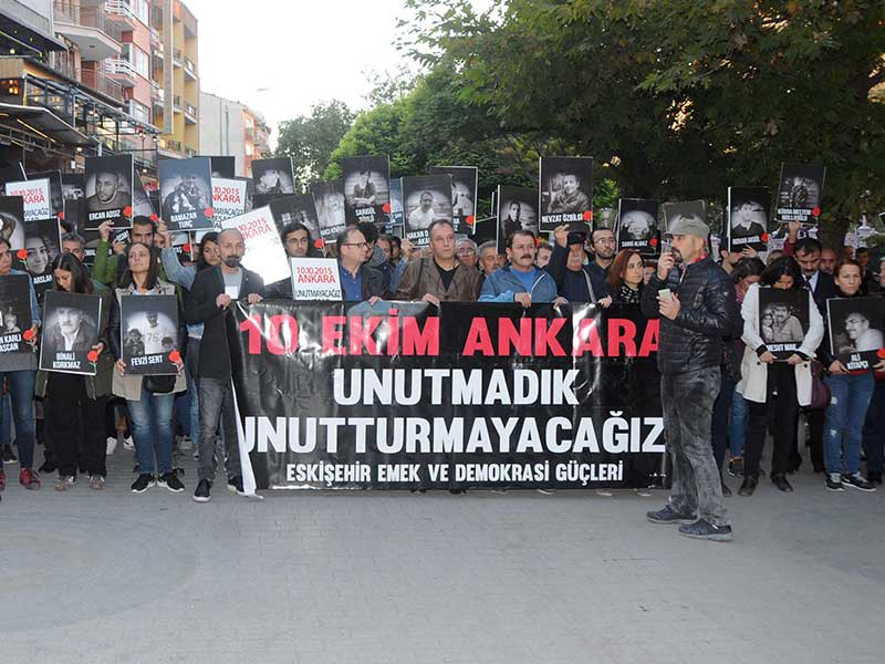 Eskişehir'de 10 Ekim Katliamı anması (Fotoğraf: DHA)