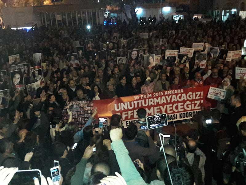 10 Ekim Ankara Katliamı Kadıköy'de lanetlendi (Fotoğraf: EVRENSEL)