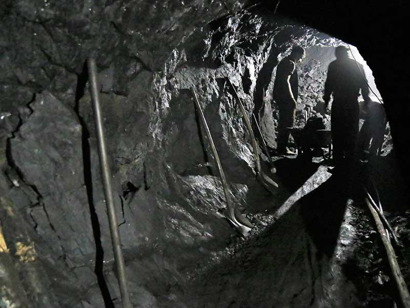 Şırnak'taki ölüm saçan maden kuyuları (Fotoğraf: Mezopotamya Ajansı)